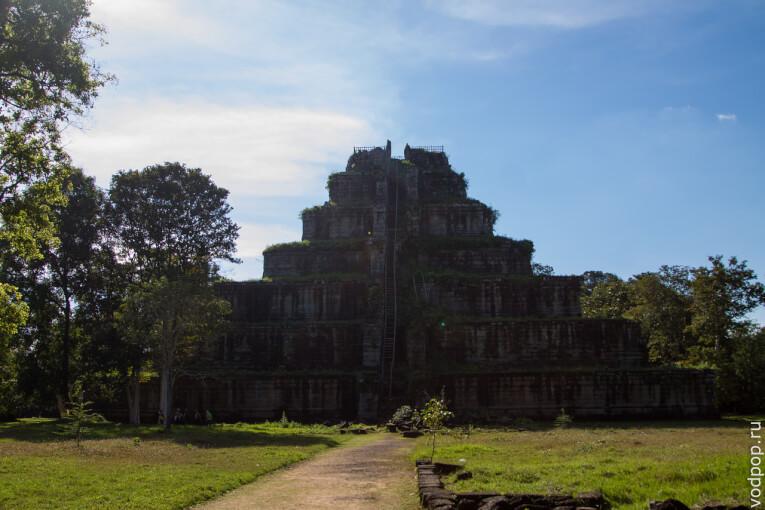 Храмовый комплекс в Камбодже Кох Кер. Легенды и мифы Камбоджи