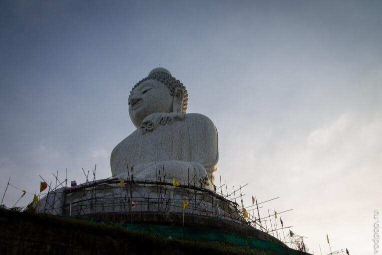 Большой Будда на Пхукете. Покатушки на слонах и прекрасный вид на город